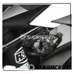Placchette Copri Fori Poggiapiedi Posteriori (Pezzo Singolo Lato Sx) Suzuki Gsr