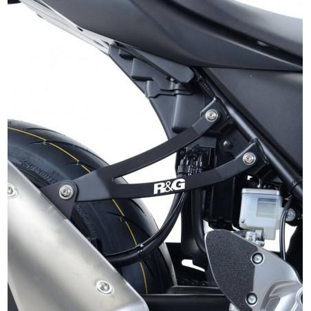 Staffa supporto scarico + piastra fori pedane posteriori Suzuki SV650 16- / SV